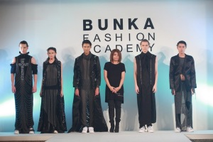 BUNKA 9th Graduation Fashion Show (4)