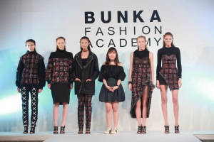 BUNKA 9th Graduation Fashion Show (8)