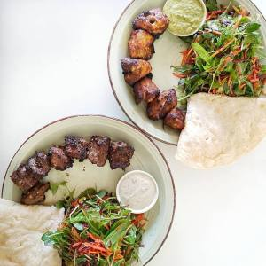 grill-and-shakes_flamed-grilled-skewers