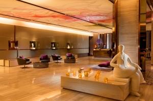 hilton-sukhumvit-bangkok-lobby